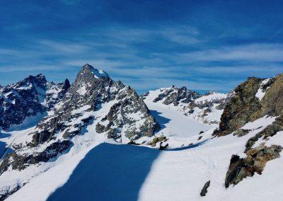 raid à ski dans les écrins avec un guide de haute montagne