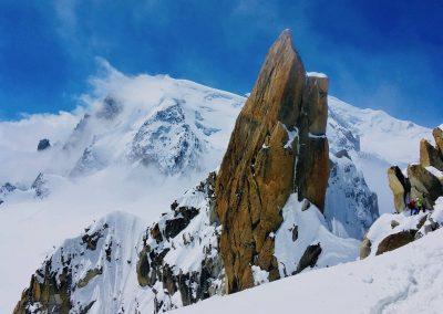 L'arête des cosmiques accompagné d'un guide de haute montagne